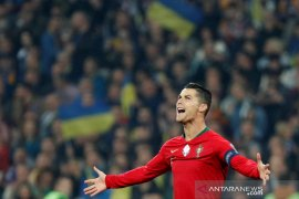 Cristiano Ronaldo cetak gol ke-700 untuk Portugal, meski kalah lawan Ukraina
