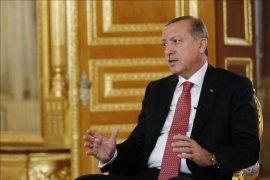 Kata Erdogan, Diamnya dunia menyulut tindakan di Suriah