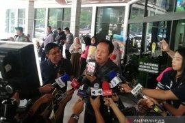 Jenguk Wiranto, Sutiyoso mengatakan sudah bisa guyon