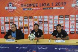 Pelatih Semen Padang Eduardo Almeida sebut laga lawan Persija pertandingan biasa