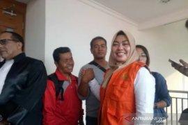 "Hakim vonis bebas Ina Yuniarti terkait video viral ""Penggal Jokowi"""
