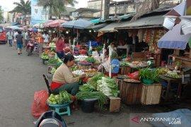 Harga berbagai jenis sayur di Ambon turun jelang tahun baru