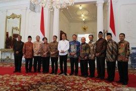 Presiden Jokowi dan pimpinan MPR diskusikan amendemen UUD 1945