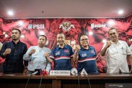 Mantan kapten timnas Ponaryo Astaman dukung penuh keenam stadion Piala Dunia U-20