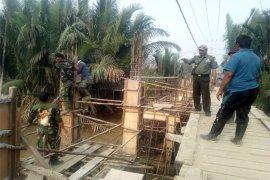 TMMD Kodim 0314/Inhil Utamakan Kualitas Pembuatan Jembatan Beton