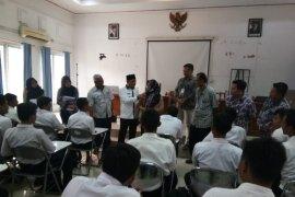 Oknum Karang Taruna Karawang dikabarkan bubarkan tes rekrutmen tenaga kerja
