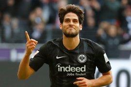 Liga Jerman, dua gol Paciencia antar Frankfurt lewati Leverkusen 3-0