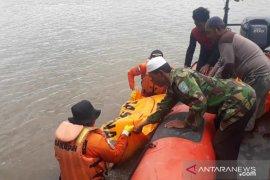 Sulia Limun, bidan kampung korban arus sungai di Desa Pantok
