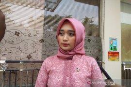 Anggota DPD Jihan N siap membantu biaya pengobatan Pricilia-Vania