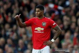 Liga Inggris - Dua keputusan VAR bantu MU ungguli Liverpool di babak pertama