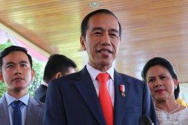 Presiden janji akan umumkan menteri kabinet  baru Senin besok