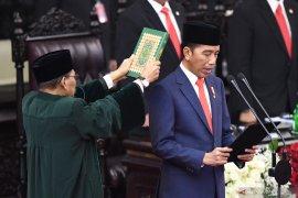 Pelantikan Presiden, Jokowi ingin RI lepas jebakan kelas menengah
