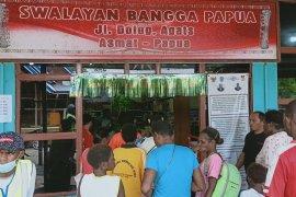 """Warga Asmat antusias berbelanja di swalayan """"Bangga Papua"""""""