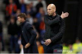 Pelatih Feyenoord  Jaap Stam: Posisi kesepuluh tidak pantas bagi Feyenoord