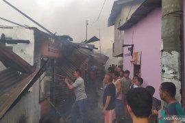 Ratusan rumah hangus terbakar di Jalan Sentosa Lama Medan, Sumut
