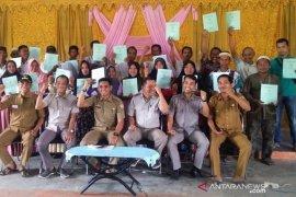 245 Sertifikat Tanah dibagikan secara gratis kepada warga Mantaas