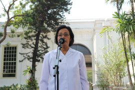 Sri Mulyani Indrawati mengaku dirinya tetap diminta untuk menjadi Menteri Keuangan
