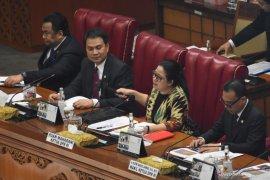 Ketua DPR  Puan Maharani pimpin Rapat Bamus DPR secara virtual