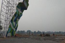 Dinding panjat tebing lengkapi fasilitas kawasan Danau Sipin