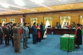 25 anggota DPRD Asmat dilantik