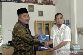 Rizal Munthe kembalikan Formulir ke NasDem