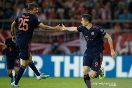 Lewandowski dua gol saat Muenchen bekap Olympiakos 3-2