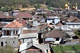 515 rumah rusak akibat angin kencang terjang Kota Batu