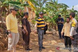 Pemkab Kotabaru kirim alat berat ke arah Pulau Matasirih