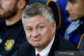Kalah lawan Burnley, fans MU  minta Ole segera diganti Pochettino