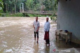 Pemkab Tapanuli Selatan ajak masyarakat mewaspadai kondisi cuaca