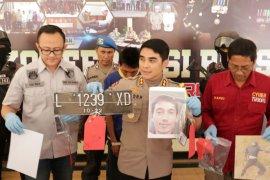 """Polisi tangkap pelaku pembunuhan sopir taksi """"online"""" di tol Pandaan"""