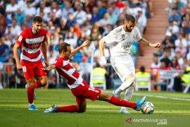 Liga Spanyol: El Clasico ditunda, Granada bisa ke puncak