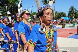 Di Balik Kemeriahan Festival Hudoq
