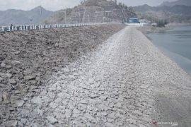 Volume air waduk Wonorejo menurun