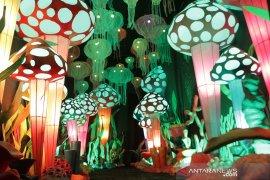 """Fantasi Park"" hadir di Summarecon Bekasi dengan kreasi seni instalasi cahaya"