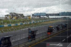 Cuaca buruk, sesi kualifikasi GP Australia ditunda