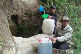 Warga empat desa di Naringgul Cianjur berharap bantuan air bersih