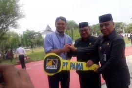 PT Pamapersada serahkan bantuan mobil angkutan gratis