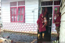 Di Aceh Barat  Ratusan rumah warga terendam banjir