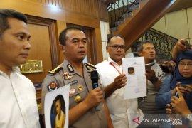 Kasus prostitusi Putri Pariwisata 2016, muncikari S ditetapkan DPO