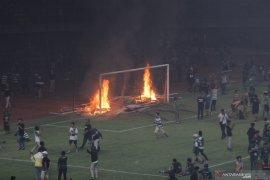 Kerusuhan Stadion GBT, manajemen Persebaya pasrah disanksi Komdis PSSI