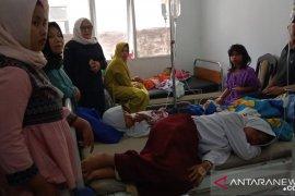 Puluhan siswa di Cianjur keracunan jajanan di sekolah