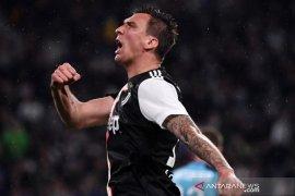 AC Milan menyumbangkan gaji Mario Mandzukic untuk amal