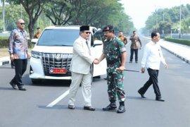 Menhan berjanji perkuat alutsista TNI