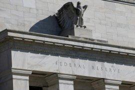 Jelang keputusan moneter Fed, dolar AS sedikit melemah