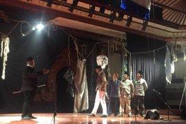 "Teater Bumi Bali pentaskan ""Detik-Detik Proklamasi"" di FSBJ 2019"
