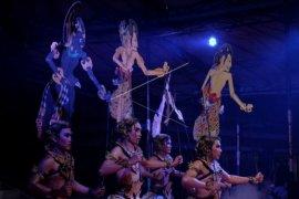 Pagelaran tari kontemporer di Festival Bali Jani