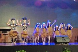 Merawat perdamaian Papua Ananda Sukarlan konser di UPH