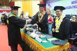 Pangdam Iskandar Muda lulus cum laude di Unsyiah