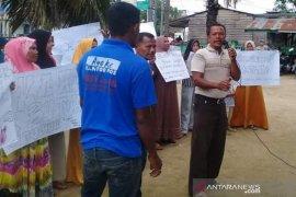 Warga Aceh Timur tuntut kades terpilih dilantik